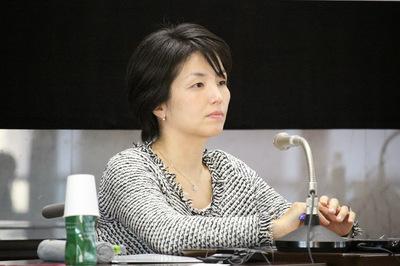 写真 青山大学国際シンポジウム田口亜希さん.JPG